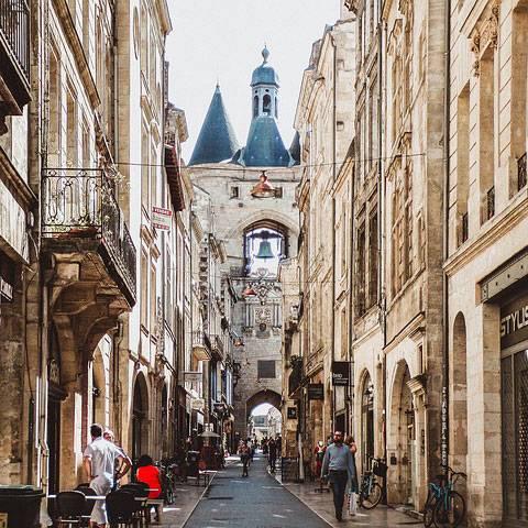 visiter et apprendre le francais a bordeaux